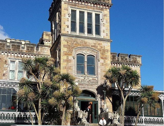 Larnach Castle Guided Tour