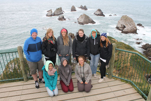 catlins-tour-group